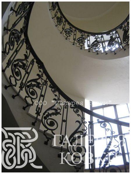 кованые лестницы, лестница с ковкой, кованая лестница