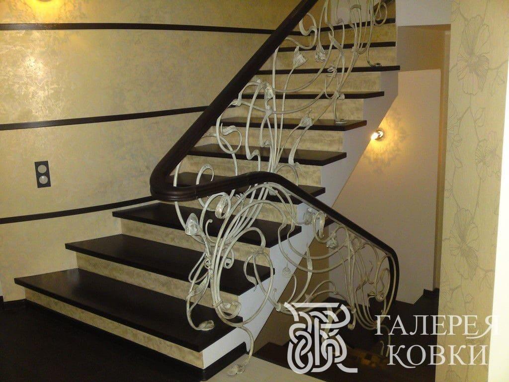 кованые ограждения для лестницы москва