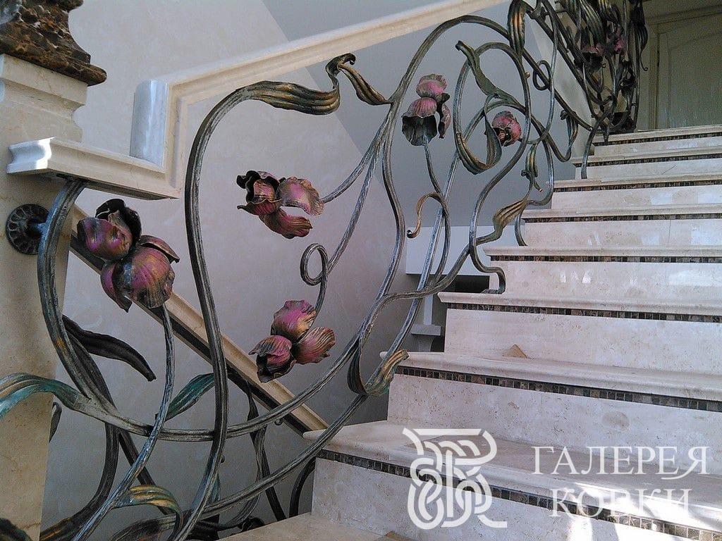 кованые ограждения для лестницы ирисы