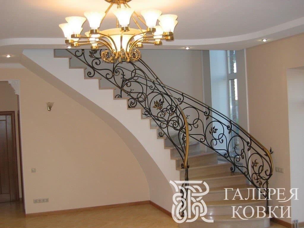 классический стиль кованых лестниц