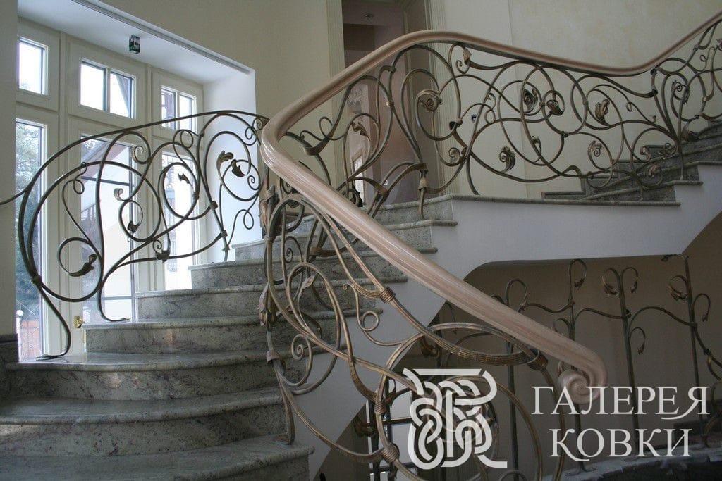 красивые кованые лестницы москва