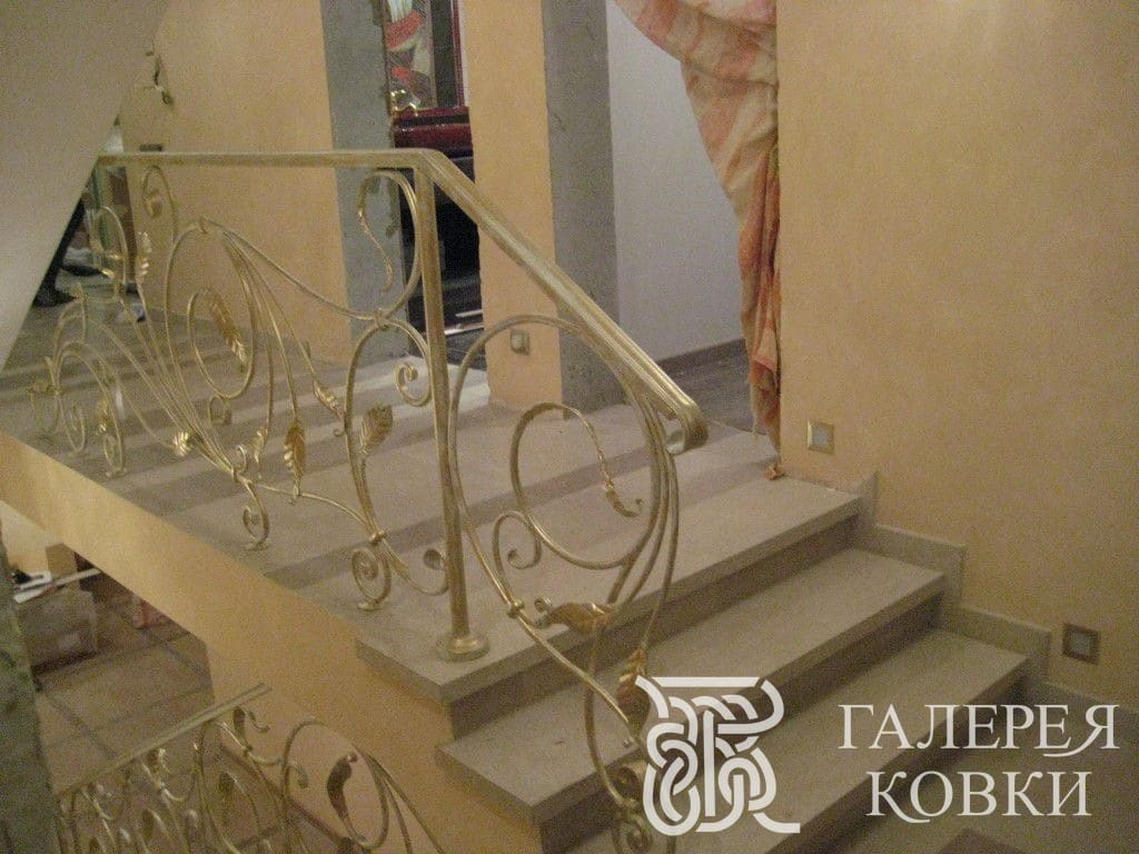 лестница в современном стиле ковканая фото