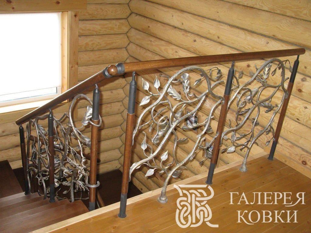 кованая лестница для деревянного дома москва