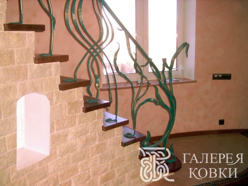 заказать кованые перила для лестницы внутри дома москва