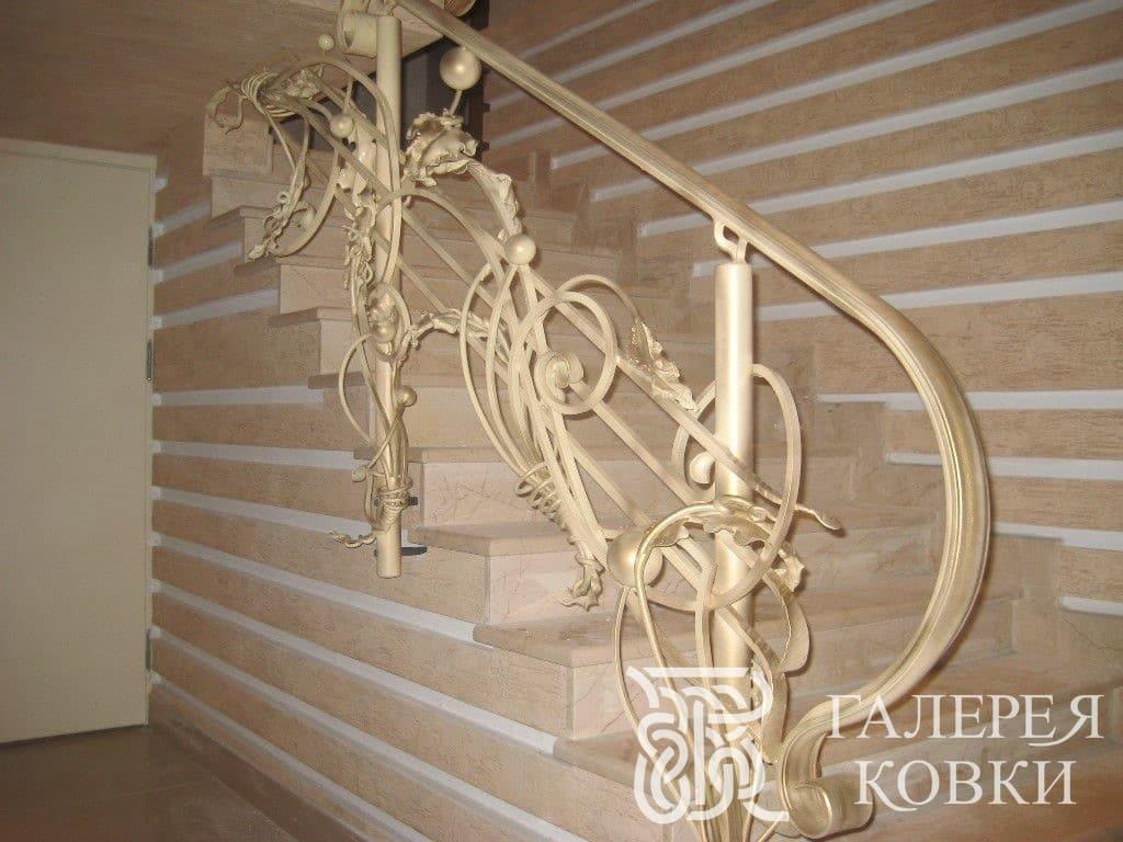 красивые кованые ограждения для лестницы овременный стиль